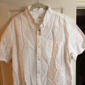 Men's XL Gap brand white short sleeve cotton shirt